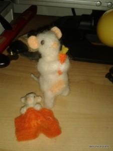 petite souris laine feutrée